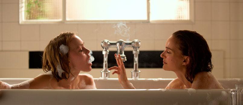 Natalie Portman e Lily-Rose Depp nel film Planetarium, dal 13 aprile al cinema