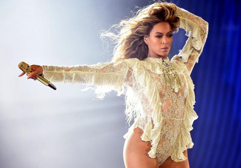 Beyoncé di nuovo mamma. Nati due gemelli: un maschio e una femmina