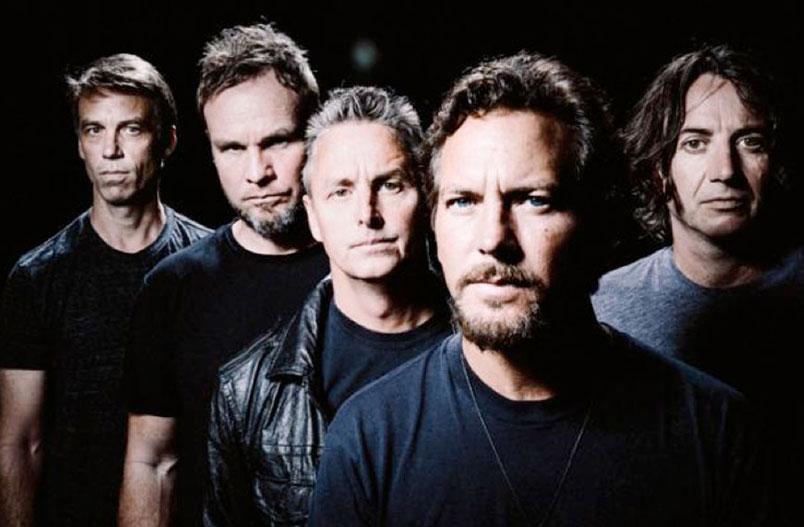 "Pearl Jam: disponibile da oggi il nuovo singolo ""Superblood Wolfmoon"""