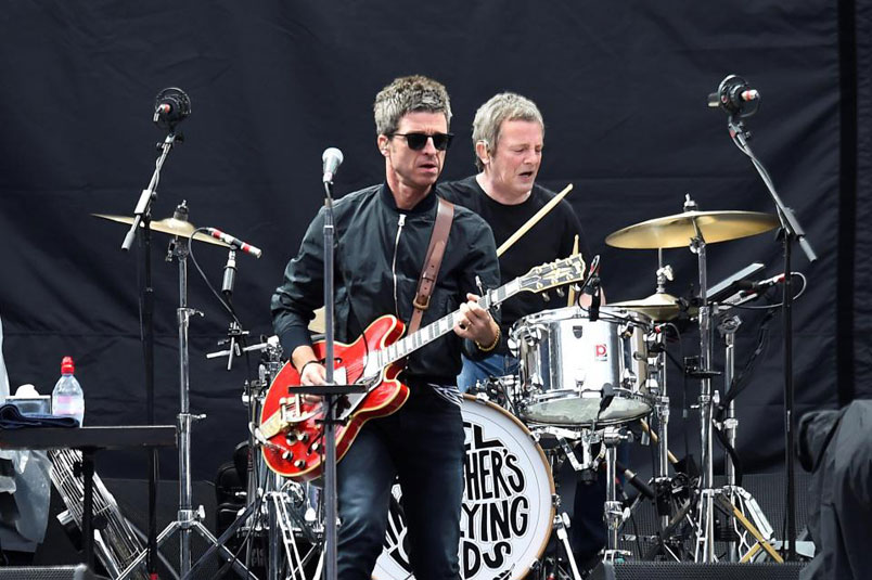 "Noel Gallagher's High Flying Birds con ""It's A Beautiful World"", in radio il nuovo singolo"