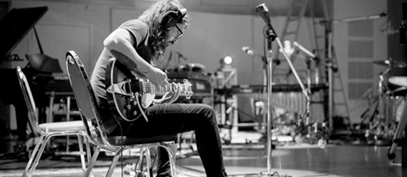 Dave Grohl annuncia PLAY, un brano da 23 minuti che celebra le sfide e le fatiche
