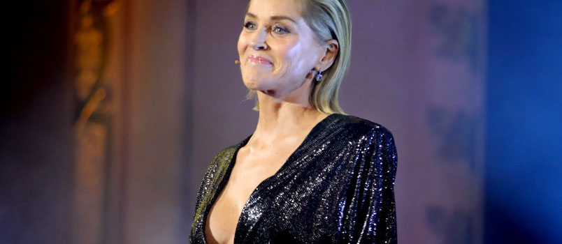 Sharon Stone: App single blocca l'attrice