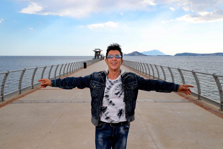 """Edoardo Bennato: svelate le curiosità sul nuovo disco """"Non c'è"""""""