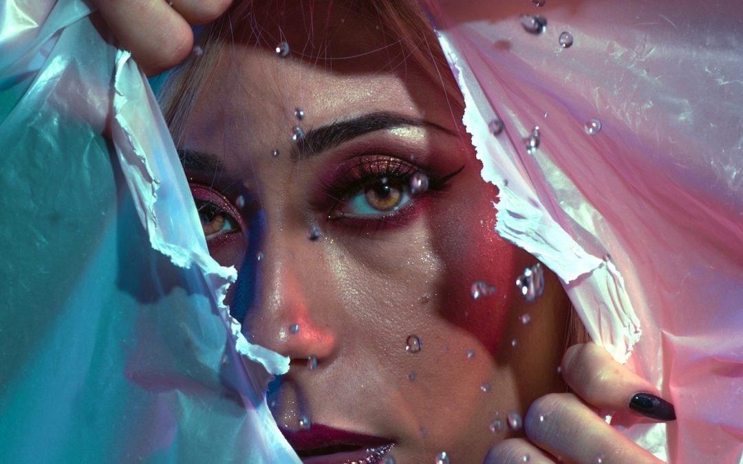 """""""VIVA"""" il primo album di Leyla"""