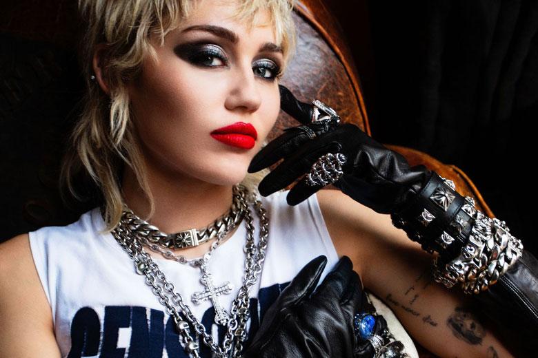 """""""Plastic Hearts"""" il nuovo album della popstar internazionale Miley Cyrus"""